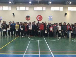 Okullararası Gençler Badminton Müsabakaları Sona Erdi