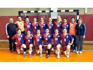 Sivas Belediyespor Hentbol Takımında Kupa Sevinci