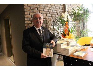 """Erdoğan Kahya'nın """"Antalya'nın Kahyası"""" Kitabı Çıktı"""