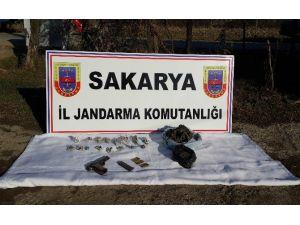 Sakarya'da Satışa Hazır Halde 3 Kilo Esrar Ele Geçirdi
