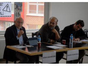 Anadolu Üniversitesi'nde 'Haber Alma Hakkı Ve Tutuklu Gazeteciler' Paneli