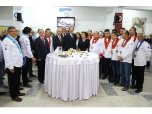 Turizm Fakültesi Mutfak Laboratuvarı'na Kavuştu