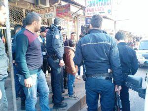 Bilet satıcıları kavga etti: 4 gözaltı