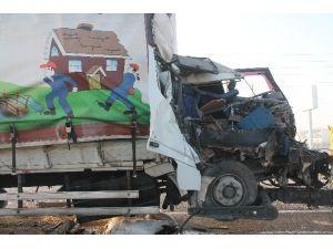 Konya'da Zincirleme Trafik Kazası: 2 Ölü, 1 Yaralı