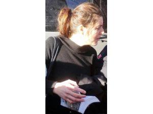 Diyarbakır'da Kara Çarşaf Giymiş Bir İngiliz Kadın Gözaltına Alındı