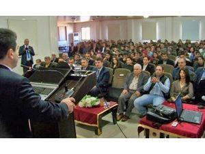 """Hassa'da """"Volkan Jeomorfolojisi Ve Bitki Örtüsü"""" Konferansı"""