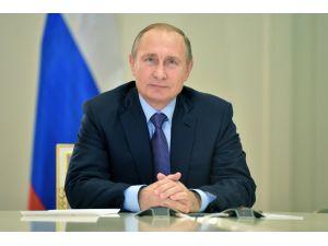 Putin'e destek yüzde 90'a yükseldi