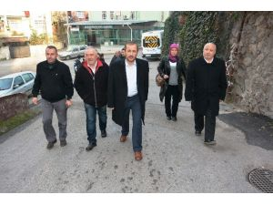 İzmit'te Sokakta Belediyecilik Yapılıyor