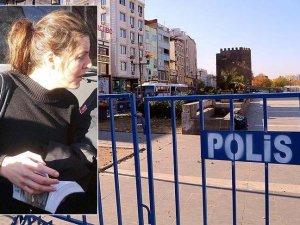 Çarşaf giyerek Sur'a girmeye çalışan İtalyan kadın gözaltına alındı