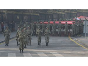 Atatürk için Ankara'da Garnizon Koşusu yapıldı