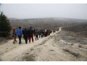 Eskişehirli Vatandaşlar Ve Öğrenciler Doğa Yürüyüşünde Buluştu