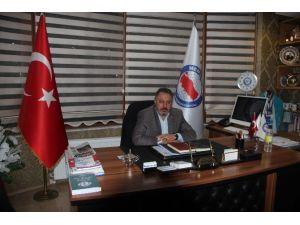 Duman: 'İstiklal Şairimiz Mehmet Akif Unutulmayacak'