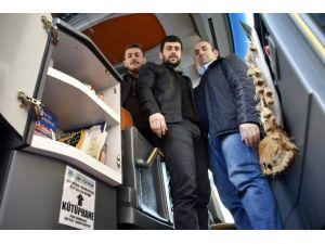 Türkiye'nin İlk Kütüphaneli Yolcu Otobüsü Gümüşhane'den