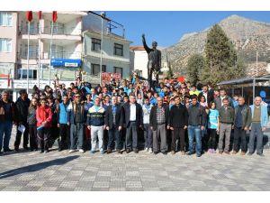 Elmalı'da 'Atatürk Koşusu' Düzenledi