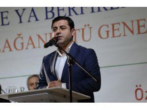 HDP lideri Demirtaş: Halk barış istiyor, hükümet savaş