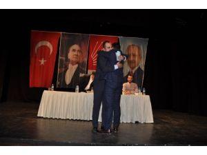 CHP'li Gençlerden, Büyüklere Örnek Kongre