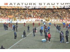 Elazığsporlu Oyunculardan Maç Sonrası Protesto