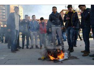 Uludere protestosunda 1 polis yaralandı