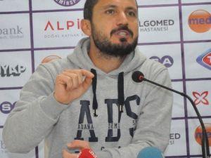 Adana Demirspor'da Galibiyet Sevinci Yaşanıyor