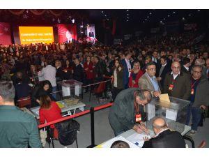CHP İstanbul İl Başkanlığı için Canpolat ve Zeybek yarışıyor