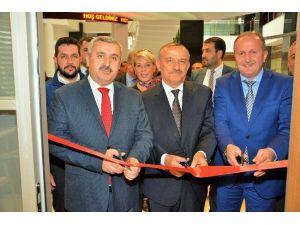 Körfez Belediyesi'nde İŞKUR Noktası Açıldı