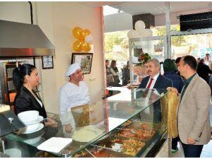 Başkan Baran Restoran Açılışına Katıldı