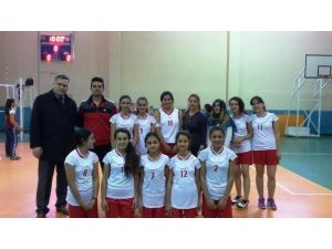 Atatürk Ortaokulu'nda Hedefi İl Şampiyonluğu