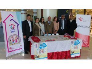 Elazığ'da Koruyucu Aile Bilgilendirmesi Yapıldı