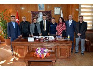 Hakkari Belediyesi'nde Tis İmzalandı