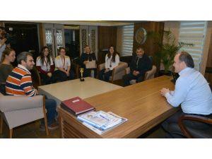 Denizli Okçuluk Spor Kulübü'nden Başkan Gürlesin'e Kupalı Ziyaret