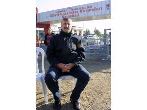 Alper Taş: Gazetecilerin tutuklandığı ülkede yaşamak acı veriyor