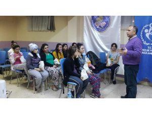 Yurt Öğrencilerine 'Sinema Atölyesi' Eğitimi