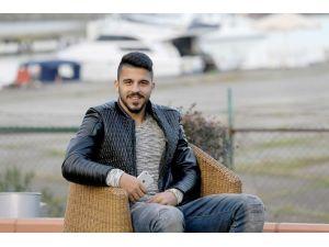 """Aytaç Kara: """"Ailem Ve Fakir Arkadaşlarım İçin Futbol Oynuyorum"""""""
