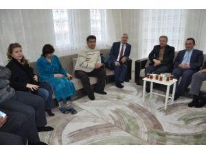 Vali Kahraman Ahıska Türklerinin Misafiri Oldu