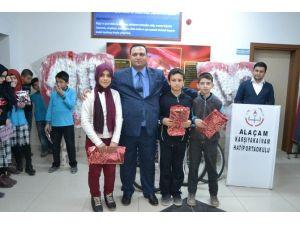 Alaçam İmam Hatip Ortaokulu'nda Ödül Töreni