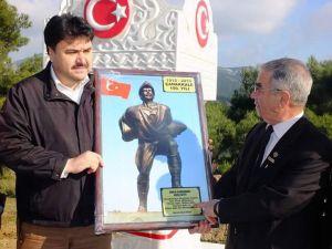 Şehit babası Kocaseyit Anıtı'na çeşme yaptırdı
