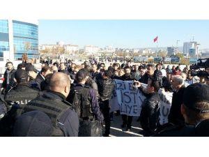 Anadolu Adliyesi'nde İşten Çıkarılan İşçiler Eylem Yaptı