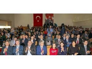"""ARÜ'de """"Asya'nın Bilgesi Aytmatov"""" Uluslararası Paneli Yapıldı"""