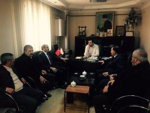 AK Parti'den Bakkallar Ve Manavlar Odası'na Ziyaret