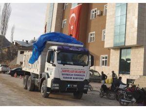 Sarıveliler'den Bayır-bucak Türkmenlerine Yardım