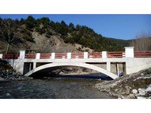 17 Metrelik Köprü Hizmete Açıldı