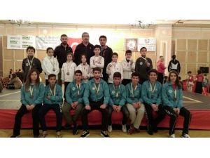 Selçuklu Belediyesi Spor Kulübü Wushu Takımı'ndan 7 Türkiye Şampiyonluğu