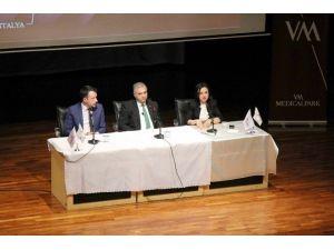 """SAÜ'de """"Sağlık Yönetimi Kariyer Günleri"""" İsimli Bir Etkinlik Düzenlendi"""
