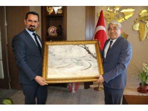 Başkan Karaçanta'ya Anlamlı Hediye