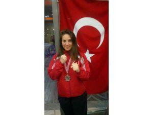 Mudanyalı Kickboks Sporcusu Öznür Balkan Şampiyonu Oldu