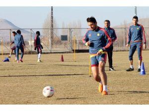 Alima Yeni Malatyaspor'un Genç Oyuncuları Sandıklıspor'a Kiralandı
