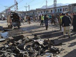 Pakistan'da intihar saldırısı: 18 ölü, 40 yaralı