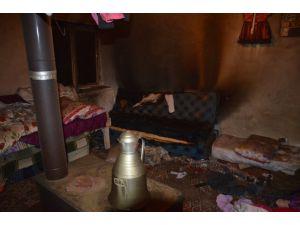 Ev yangınında iki küçük kardeş hayatını kaybetti
