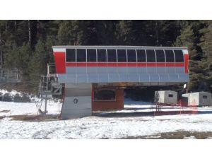 Ilgaz Dağı'nda kayak merkezlerinde kar yok