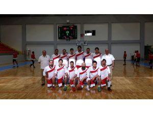 MEÜ Erkek Basketbol Takımı Yarı Finallere Kaldı